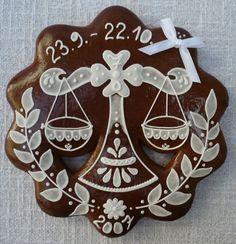torta so znamením vodnár - Hľadať Googlom Fun Cookies, Frosted Cookies, Decorated Cookies, Cookie Frosting, Cookie Decorating, Gingerbread Cookies, Loga, Zodiac, Sugar Art