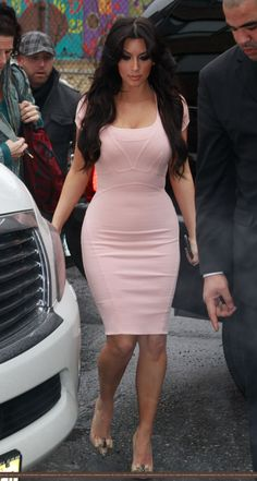 Kim Kardashian in pink latex dress for Fleur Fatale fragrance ...