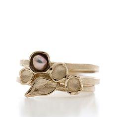 Golden stack rings with pearl | Wim Meeussen Goldsmith Antwerp