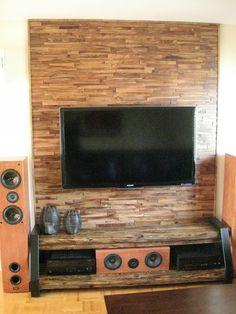 Maauza Bois de Grange - Meuble de télévision fait sur mesure ImpexStone - Mur en panneaux de bois - Noyer teint