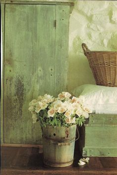 Interior Design Inspirations. Love these details & the textured walls. Cottage Chic