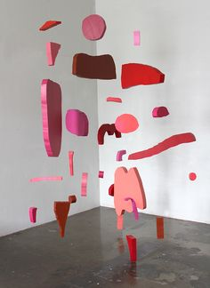 Accidental Shapes & Patterns – Mobiles and Paintings by Jenni Rope – OEN Mobile Sculpture, Sculpture Art, Henri Matisse, Mobiles Art, Baby Mobiles, Instalation Art, Art Abstrait, Art Plastique, Art Direction