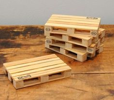 Pallet Coasters – Pallet Coasters Diy — Use Popsicle Sticks.  Great Guy / Man Gift!   Make As A Gift For Father's Day Next Year??