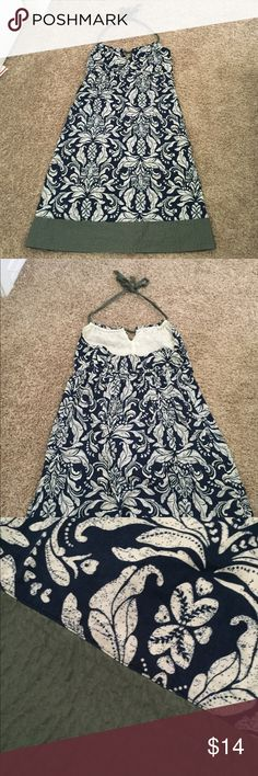 AE halter dress ☀️ Beautiful American Eagle outfitters halter top dress. Excellent condition. Navy, white and forest green color. Size 8. American Eagle Outfitters Dresses Backless