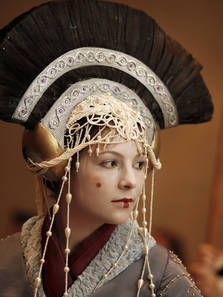 Gertie Barden as Queen Amidala