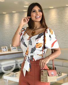 Produção 100% a cara do verão! ✨ . Bolsa {169,90 - preta} . ⠀⠀⠀⠀⠀⠀⠀⠀⠀⠀⠀⠀⠀⠀⠀⠀⠀⠀⠀ #modafeminina #fashion #moda #mulher #lojabiswear #elasusambiswear⠀⠀⠀⠀⠀⠀⠀⠀⠀⠀⠀⠀⠀⠀⠀⠀⠀⠀⠀⠀⠀⠀⠀⠀⠀⠀⠀⠀⠀⠀⠀⠀⠀⠀⠀⠀⠀⠀⠀⠀⠀⠀⠀⠀⠀⠀⠀⠀⠀⠀⠀⠀⠀⠀⠀⠀⠀⠀⠀⠀⠀⠀⠀⠀⠀⠀⠀⠀⠀ .⠀⠀⠀⠀⠀⠀⠀⠀⠀⠀⠀⠀⠀⠀⠀⠀⠀⠀⠀⠀⠀⠀⠀⠀⠀⠀⠀⠀⠀⠀⠀⠀⠀⠀⠀⠀⠀⠀⠀⠀⠀⠀⠀⠀⠀⠀⠀⠀⠀⠀⠀⠀⠀⠀⠀⠀⠀⠀⠀⠀⠀⠀⠀⠀⠀⠀⠀⠀⠀⠀⠀ 🖥Disponível no site •PEÇAS + CORES + TAMANHOS•⠀⠀⠀⠀⠀⠀⠀⠀⠀⠀⠀⠀⠀⠀⠀⠀⠀⠀⠀⠀⠀⠀⠀⠀⠀⠀⠀⠀⠀⠀⠀⠀⠀⠀⠀⠀⠀⠀⠀⠀⠀⠀⠀⠀⠀⠀⠀⠀⠀⠀⠀⠀⠀⠀⠀⠀⠀⠀⠀⠀⠀⠀⠀⠀⠀⠀⠀⠀⠀⠀⠀ (www.biswear.com.br)⠀⠀⠀⠀⠀⠀⠀⠀⠀⠀⠀⠀⠀⠀⠀⠀⠀⠀⠀⠀⠀⠀⠀⠀⠀⠀⠀⠀⠀⠀⠀⠀ ⠀⠀⠀⠀⠀⠀ Cute Summer Outfits, Classy Outfits, Comfy Casual, Casual Tops, Blouse Styles, Fashion Outfits, Womens Fashion, Plus Size, Stylish