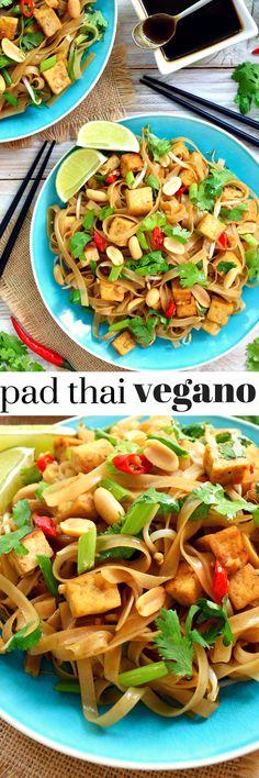 El pad thai vegano es un plato fácil y delicioso preparar. La salsa es lo más importante y la mía es totalmente vegana con la opción de preparar una salsa de pescado vegana o utilizar salsa de soja.
