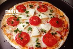 Peynirli Domatesli Pizza Tarifi