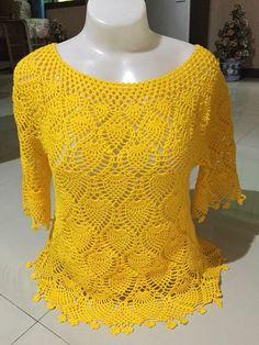 Beautiful pineapple crochet blouse with video tutorial - Crochet Pattern Yarns - Salvabrani Diy Crafts Crochet, Cute Crochet, Crochet Baby, Crochet Top, Black Crochet Dress, Crochet Cardigan, Crochet Designs, Crochet Patterns, Crochet Tank Tops