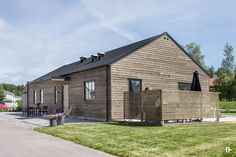 intressantahus-alricsson-02 Agricultural Buildings, Cute House, Modern Barn, Big Houses, Home Fashion, Small Spaces, Building A House, House Plans, House Ideas