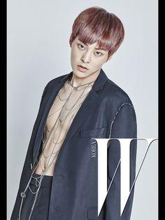 [Vyrl] EXO : #SM X #WKorea '#EXOclusive' #시우민  매일 정오12시, #엑소 멤버1인의 W Director's