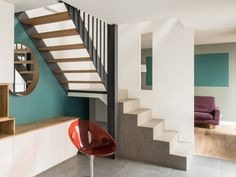 L'escalier mélange bois et acier