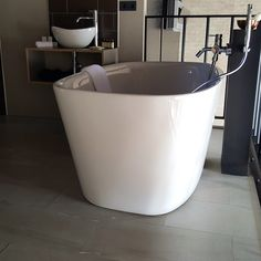 Love it! Een bad met uitzicht op de suite én een inloopdouche. It doesn't get any better, does it?