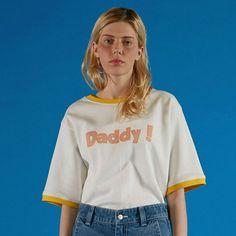 大人気[ADER error]アーダーエラー 韓国のダディロゴ白Tシャツ。。[ADER error]アーダーエラー 韓国 白 ホワイト Tシャツ カットソー ロゴプリント Daddy T-SHIRTS