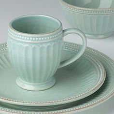 French Perle Groove Ice Blue Place Setting by Lenox - willkommen Lenox French Perle, Mug Decorating, Kitchen Dinning, Dinning Table, Easter Table Decorations, Tea Stains, Dish Sets, Porcelain Ceramics, Painted Porcelain