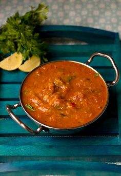 Easy no onion no garlic pav bhaji recipe with stepwise instructions. Always use a good brand of pav bhaji masala or make them at home. Garlic Recipes, Veggie Recipes, Vegetarian Recipes, Snack Recipes, Cooking Recipes, Veggie Meals, Jain Recipes, Indian Food Recipes, Bhaji Recipes