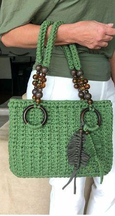 Crochet Shell Stitch, Crochet Stitches, Crochet Patterns, Crochet Handles, Crochet Hooks, Handmade Fabric Bags, Sweet Bags, Crochet Tunic, Purse Patterns
