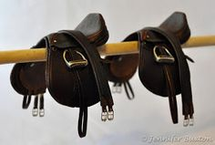 Huntseat Tack Huntseat Set owned and photographed by Erin Corbett, 2009 Huntseat saddle with number pocket pad, 2009 Snaffle b. Equestrian Boots, Equestrian Outfits, Equestrian Style, Diy Horse Toys, Horse Crafts, Pony Saddle, Dressage Saddle, Breyer Horses, Horse Tack