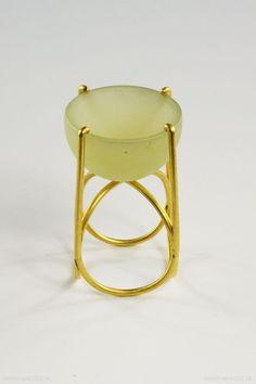 Beate Klockmann - ring, 2003, gold, jade