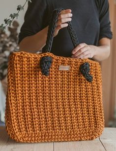 Purse Crochet Patterns – Make a Handbag or Tote - A More Crafty Life Crochet Handbags, Crochet Purses, Crochet Tote Bags, Knit Bag, Crochet Cord, Tote Bags Handmade, Handbag Patterns, Tote Pattern, Simple Bags
