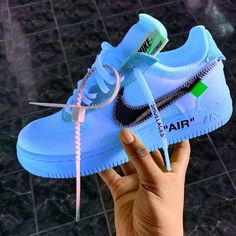 best sneakers / basket homme / basket femme / fashion / streetwear / nike / offwhite Trendy outfit adidas workout sneakers Running Moda Sneakers, Cute Sneakers, Shoes Sneakers, Women's Sneakers, Casual Sneakers, Jordan Shoes Girls, Girls Shoes, Shoes Women, Nike Shoes Air Force