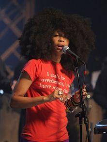 Wish there was an album to this!! Erykah Badu's VH1 Storytellers performance.