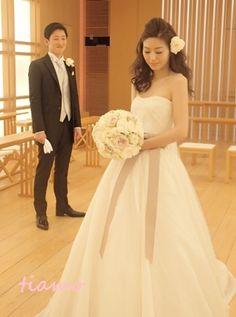 美人花嫁さまの素敵な3スタイル♡後編♡ |大人可愛いブライダルヘアメイク『tiamo』の結婚カタログ