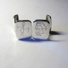 Barnteckningsgravyr! #Manschettknappar #Cufflinks #Kidsdrawing #Engraved www.alskadebarn.se Älskade Barn
