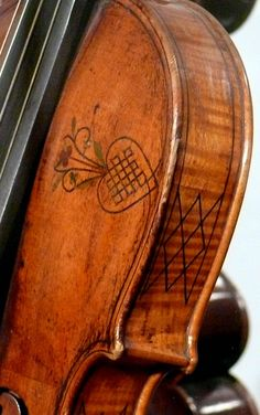 Want this on my viola! Google Image Result for http://www.orpheon.org/oldsite/Fotos/Fotos-Instr/violin_alem-intarsia.jpg