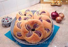 pain aux oignons et l'huile d'olive Olives, Harira, Galette, Apple Pie, Pancakes, Pains, Breakfast, Desserts, Baguettes