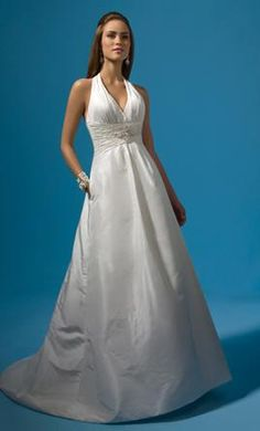 Alfred Angelo 2121: buy this dress for a fraction of the salon price on PreOwnedWeddingDresses.com