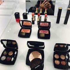 @chanel Le Blanc Spring 2017 Makeup Collection  #chanelspring2017 #chanelleblanc #makeupcollection #chicpreview #chanel #chanelbeauty #chanelmakeup  @naonaonaozou