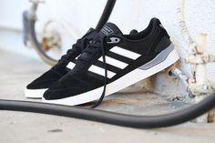 new products b8c6a 404a3 adidas Skateboarding ZX Vulc