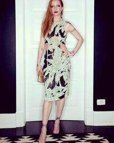 Julia Petit (@petisco) • Instagram vestido PatBo, bolsa Serpui Marie, sapatos…
