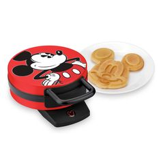 Help your mom friend take family breakfast to the Disney level with this Mickey Mouse waffle maker.