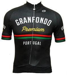 Granfondo Serra da Estrela for incredible people. Cycling Outfits, Cycling Clothes, Mtb, Jersey Outfit, Bike Run, Cycling Jerseys, Bermuda, Sport Wear, Apparel Design