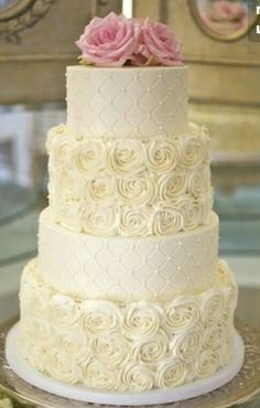 Instead of putting the flowers on top of the cake I would put the first letter of the last name (the letter has to be sparkly)