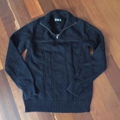 Men's half zip sweater !! Men's Black half zip sweater 100% cotton in great condition. Let me know if you have any questions Lucky Brand Sweaters
