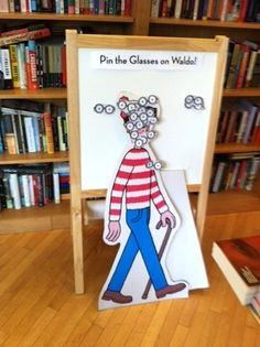 DIY Play - pin the glasses on waldo World Book Day Outfits, World Book Day Costumes, Book Week Costume, Wo Ist Walter, 8th Birthday, Birthday Ideas, Truck Or Treat, Wheres Wally, School Holidays