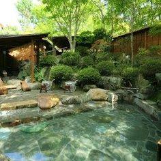 埼玉県秩父郡にある小さなホテルセラヴィは自家農園の無農薬の山の幸を使った四季折々の料理や素晴らしいインテリア空間を準備して お客様をお待ちしております露天風呂や家族風呂も自慢で庭園を見ながらの入浴は最高です tags[埼玉県]