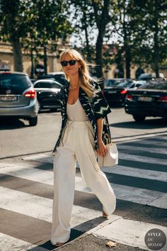 Street Looks, Street Style Clothing, Street Style Women, Fashion Photo, Love Fashion, Passion For Fashion, Fashion 2020, Fall Fashion, Parisian Style