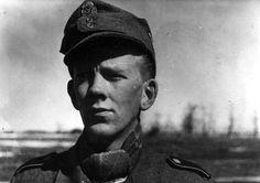 Portrait of a Norwegian soldier from Den Norske Legion taken near Krasnoye Selo, Leningrad, 1942.