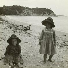 ca. 1909 Two little girls at the sea