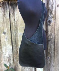Messenger in black leather, leather bag, leather shoulder bag, woman bag … – Bag İdeas Natural Leather, Brown Leather, Soft Leather, Artisanats Denim, Denim Corset, Denim Crafts, Leather Projects, Handbags On Sale, Luxury Handbags