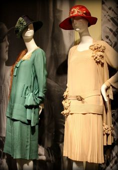 1920s pleated skirts and bows via Phoenix Art Museum