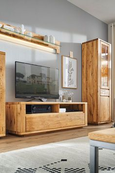 Great Modern Und Straight In Massiver Eiche Wohnwand Von Natura Bakersfield  Mbel Massivholz With Wohnwnde Modern Massivholz