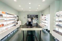 NowMe! make-up store Girona 5LAB design