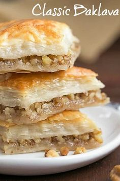 Nadire Atas On Baklava Desserts Gretchen's Classic Greek Baklava - My mom's baklava with layers of buttery filo & a walnut filling doused with orange blossom water kissed sugar syrup Greek Sweets, Greek Desserts, Fun Desserts, Delicious Desserts, Pastry Recipes, Baking Recipes, Best Baklava Recipe, Greek Baklava, Chicke Recipes