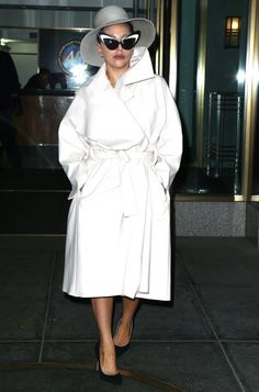 Lady Gaga Photos - Lady Gaga Steps Out In Another Wild Oufit - Zimbio