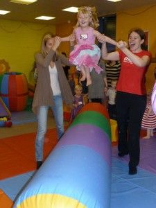Gymboree offers Award winning Baby and Toddler classes from newborn to 5 years. East Kilbride and Uddingston, South Lanarkshire.   Gymboree Play & Music also host amazing fun filled parties.